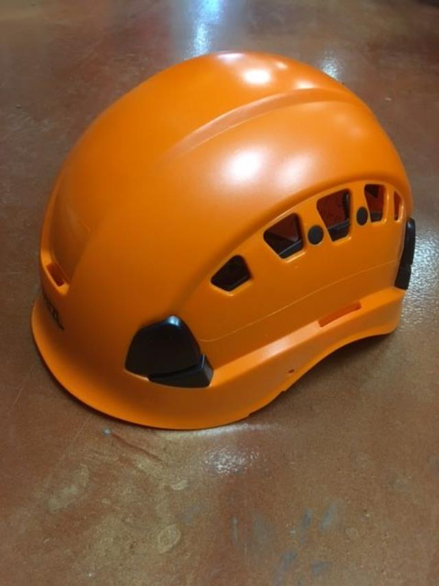 Where to find PETZL VERTEX 2 VENT HELMET ORANGE in Austin